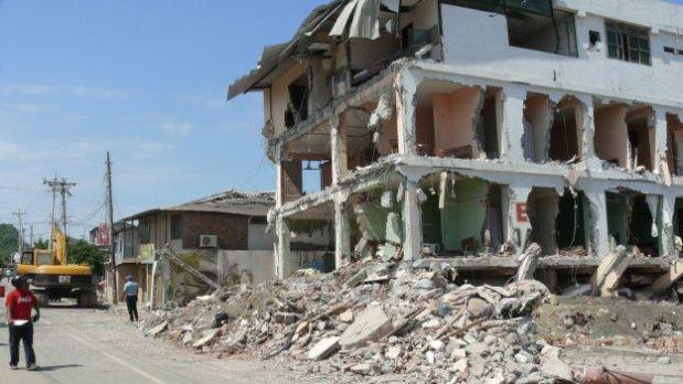 Construcciones cayeron durante el terremoto de Ecuador. (Foto: BBC)