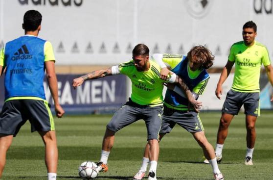 Real Madrid entrenó con Cristiano Ronaldo pero sin Benzema