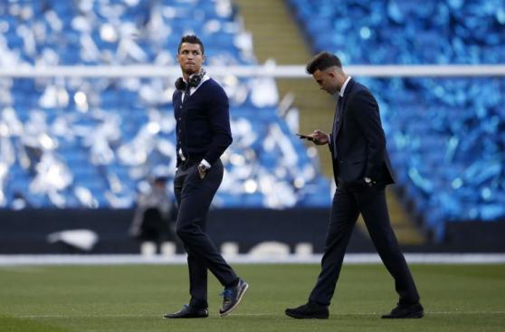 Cristiano Ronaldo y sus gestos de incomodidad por no jugar