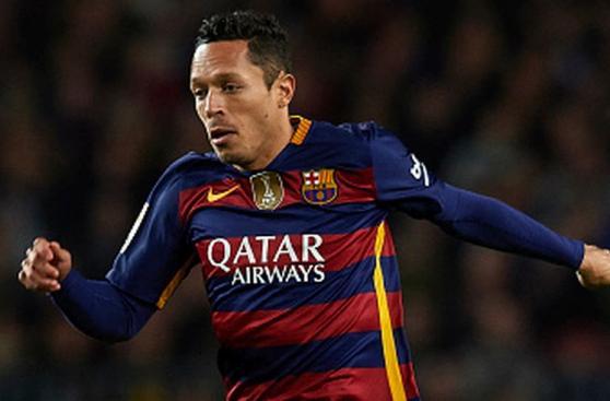 Barcelona: la lista de defensores que no seguirían en club culé