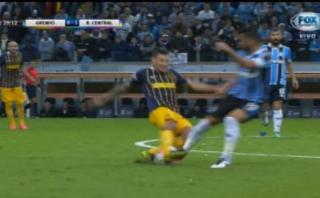 Brutal 'plancha' en partido Rosario Central vs. Gremio [VIDEO]