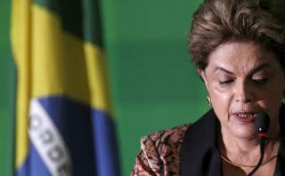 Aseguran que Rousseff estudia renunciar y convocar elecciones