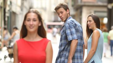 La ciencia te explica porque tu novio mira a otras mujeres