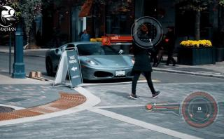 YouTube: ¿Atrae a las mujeres manejar un auto Ferrari? [VIDEO]