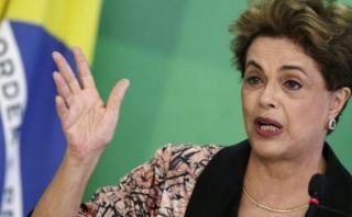 """Dilma se defiende: """"Denuncias por Petrobras son falsas"""""""
