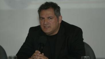 Álamo Pérez Luna protagonizó lamentable incidente [VIDEO]
