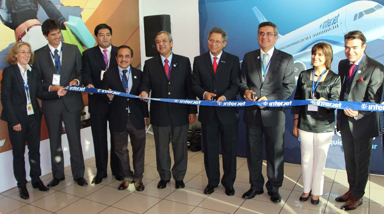 Foto aerol nea mexicana interjet inici vuelos diarios a for Oficinas de interjet
