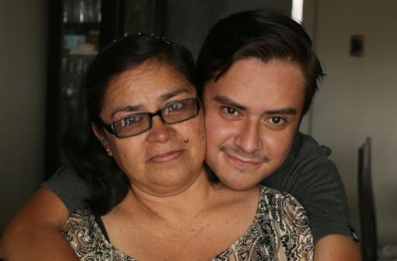 Día de la Madre: 5 mamás y sus historias contadas en fotos