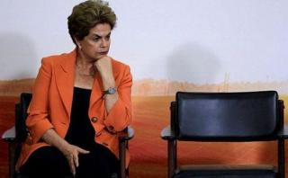Brasileños incendian Twitter tras suspensión de Dilma Rousseff