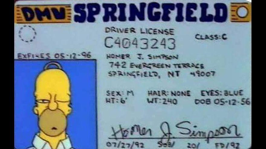 ¿Homero Simpson cumple hoy 60 años? [GALERÍA]