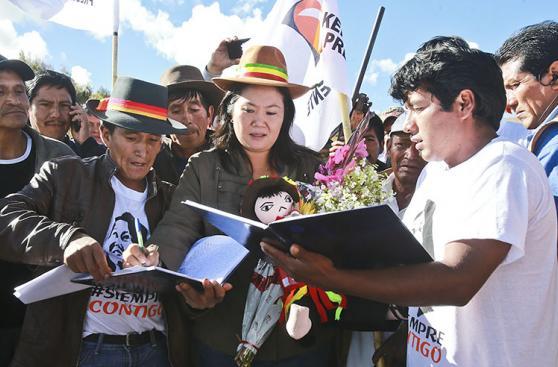 Keiko Fujimori y PPK recorren el Perú durante campaña [FOTOS]