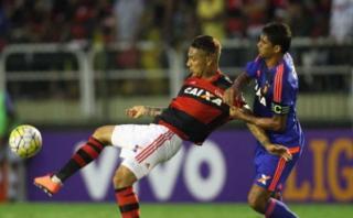 Paolo Guerrero fue abucheado en victoria de Flamengo