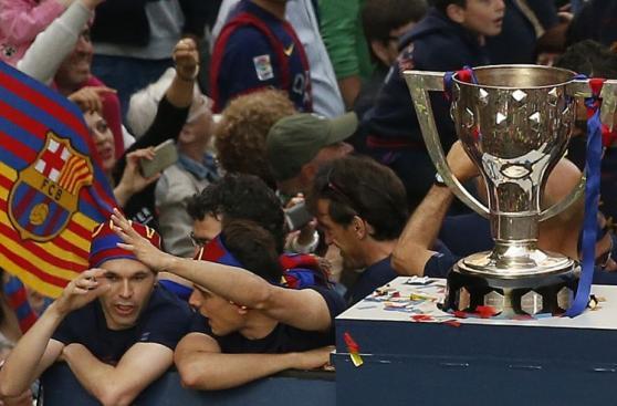 Barcelona: las mejores postales de la 'Rúa de campeones'