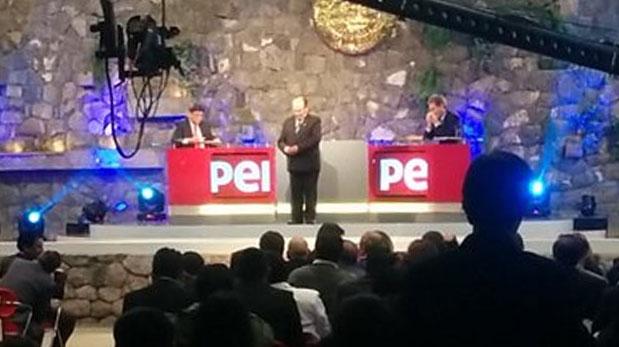 El debate técnico se realizó en el Centro de Convenciones de Cusco desde las 7:00 p.m. entre los equipos de PPK y Keiko Fujimori. (Martín León)