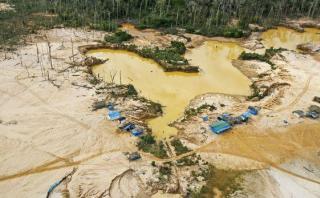 Minería ilegal: más allá de lo superficial, por Lenin Valencia