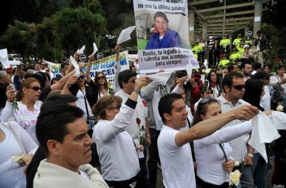 Alcaldía de Bogotá culpa a mujer de su violación y muerte