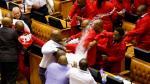 Pelea en Congreso de Sudáfrica tras exigir salida de presidente - Noticias de jacob zuma