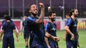 Jefferson Farfán retornó a los entrenamiento de Al Jazira