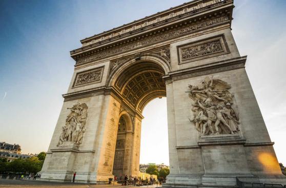 Los 10 lugares que tienes que visitar si viajas a París