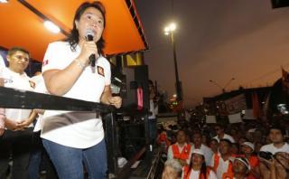 Keiko insiste en que podría declarar Lima en emergencia