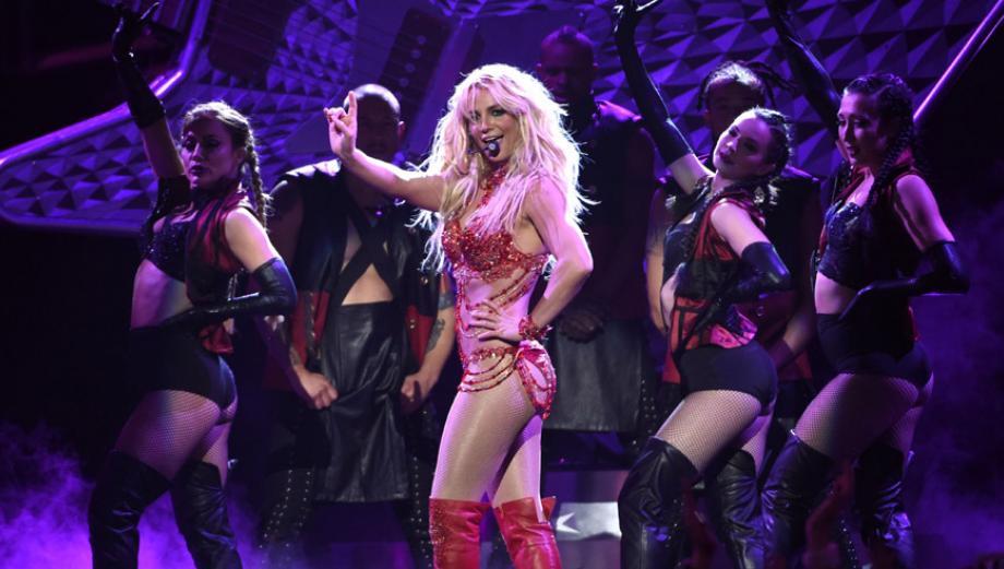 Britney Spears llenó de nostalgia los Billboard Music Awards