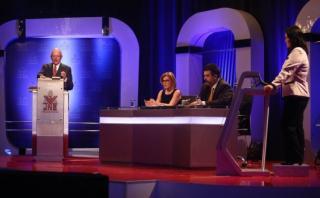 Debate: Keiko y PPK expusieron de conflictos sociales y minería
