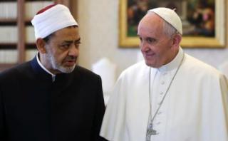 Histórico: El Papa se reúne con el gran imán Ahmed al Tayeb