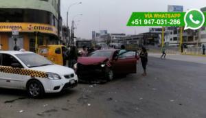 Independencia: conductores chocaron por realizar giro prohibido