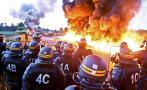 Francia: bloquean vía como protesta por reformas laborales