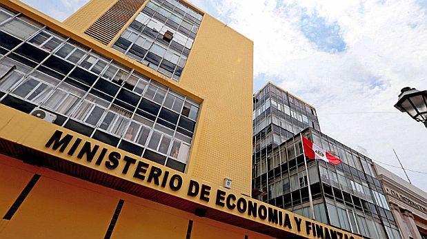 MEF formalizará en base a planes de protección social y crédito