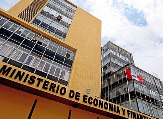 MEF eleva crecimiento estimado, Consejo Fiscal lo cuestiona