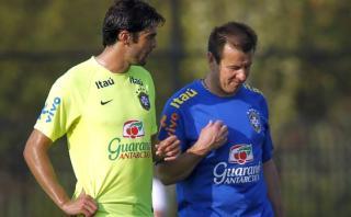 Brasil convoca a Kaká en reemplazo del lesionado Douglas Costa