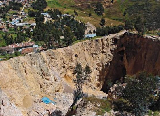 La Libertad: minería ilegal a tajo abierto y con cianuro