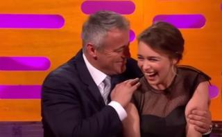 'Joey' coqueteó con Emilia Clarke con su peculiar estilo