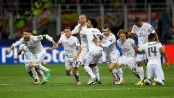 Real Madrid levanta la copa de campeón de la Champions