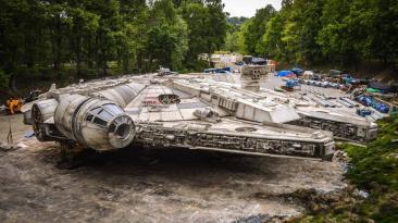 """""""Star Wars"""": fan encuentra al Halcón Milenario y le toma fotos"""