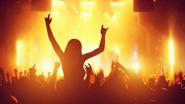 8 situaciones que entenderemos las que amamos la música 'vieja'