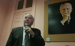 """García Belaunde: Guevara """"torpedeó"""" la candidatura de Barnechea"""