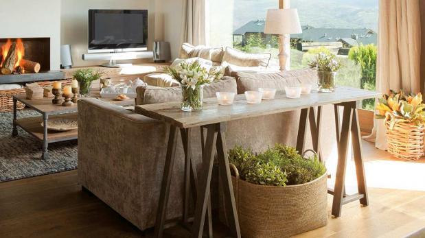 Creativas mesas echas con caballetes decoraci n casa y - Mesas con caballetes ...