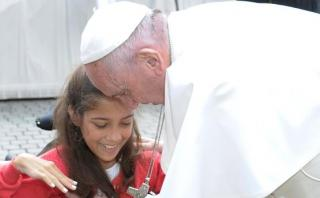 Emotivo saludo del papa Francisco a una escritora de 13 años