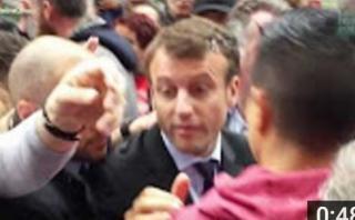 Francia: Ministro de Economía fue atacado con huevos [VIDEO]
