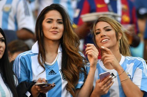 Argentina-Chile: hinchas viven la fiesta en el estadio [FOTOS]