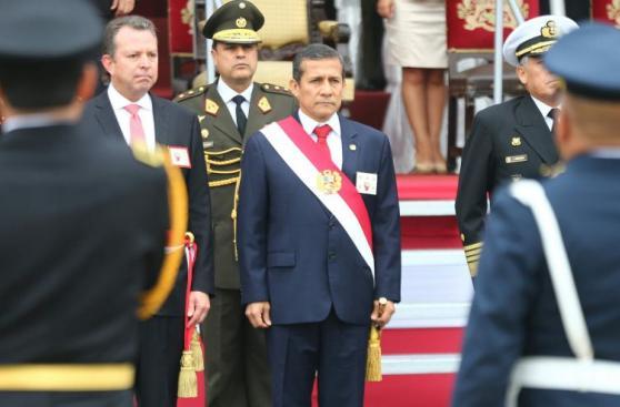 Ollanta Humala presidió ceremonia por Día de la Bandera [FOTOS]