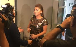 """EVDLV"": Fiorella Alzamora quedó atrapada en camerino [VIDEO]"