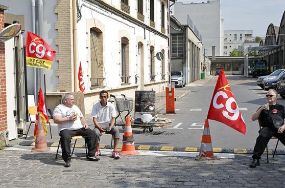 Francia: huelga de recolectores de basura afecta a París