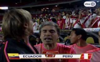 Ricardo Gareca discutió con hinchas tras empate con Ecuador