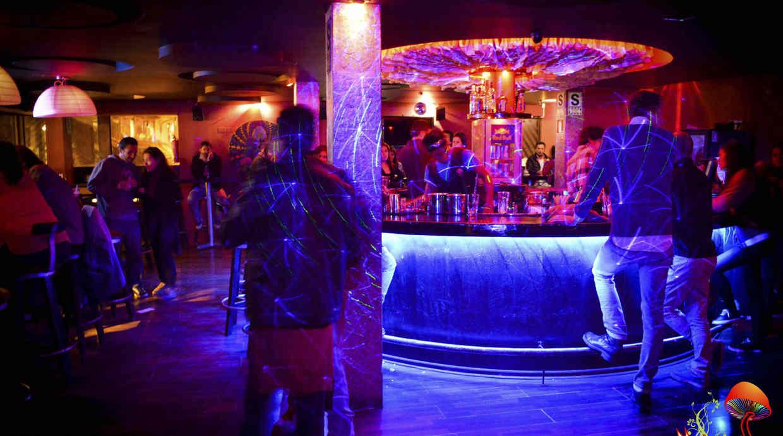 Seis de los mejores lugares para ir de fiesta en cusco - Discoteca in casa ...
