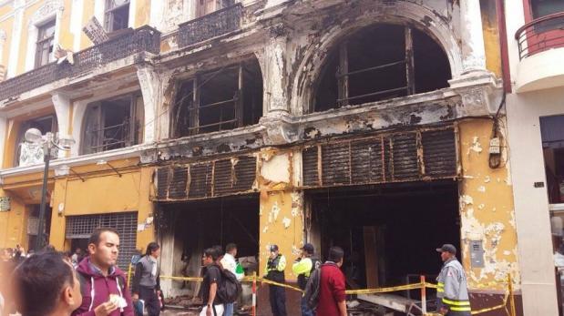 Declaran inhabitable edificio incendiado en Jr. de la Unión