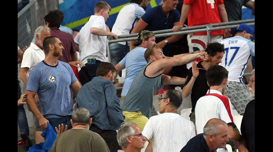 [VIDEO] #Eurocopa2016: rusos e ingleses a las trompadas