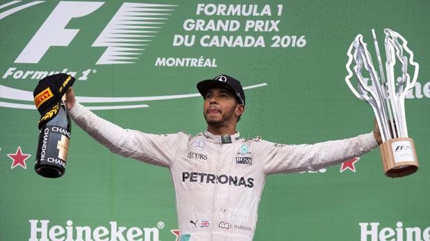 Lewis Hamilton venció en Canadá con un homenaje a Muhammad Ali